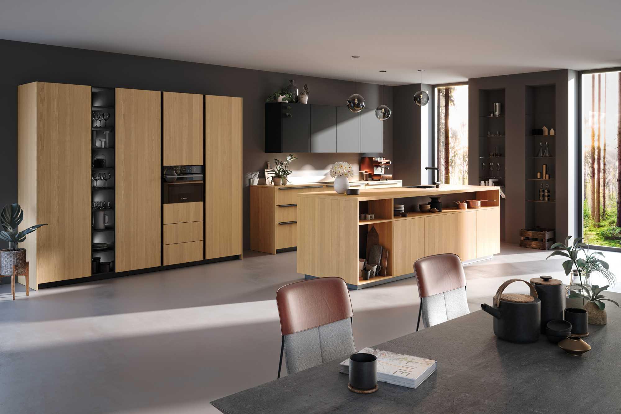 Two tone german kitchen: ZeroxVER FM City Natural and Oak Zerox XPL XT Black