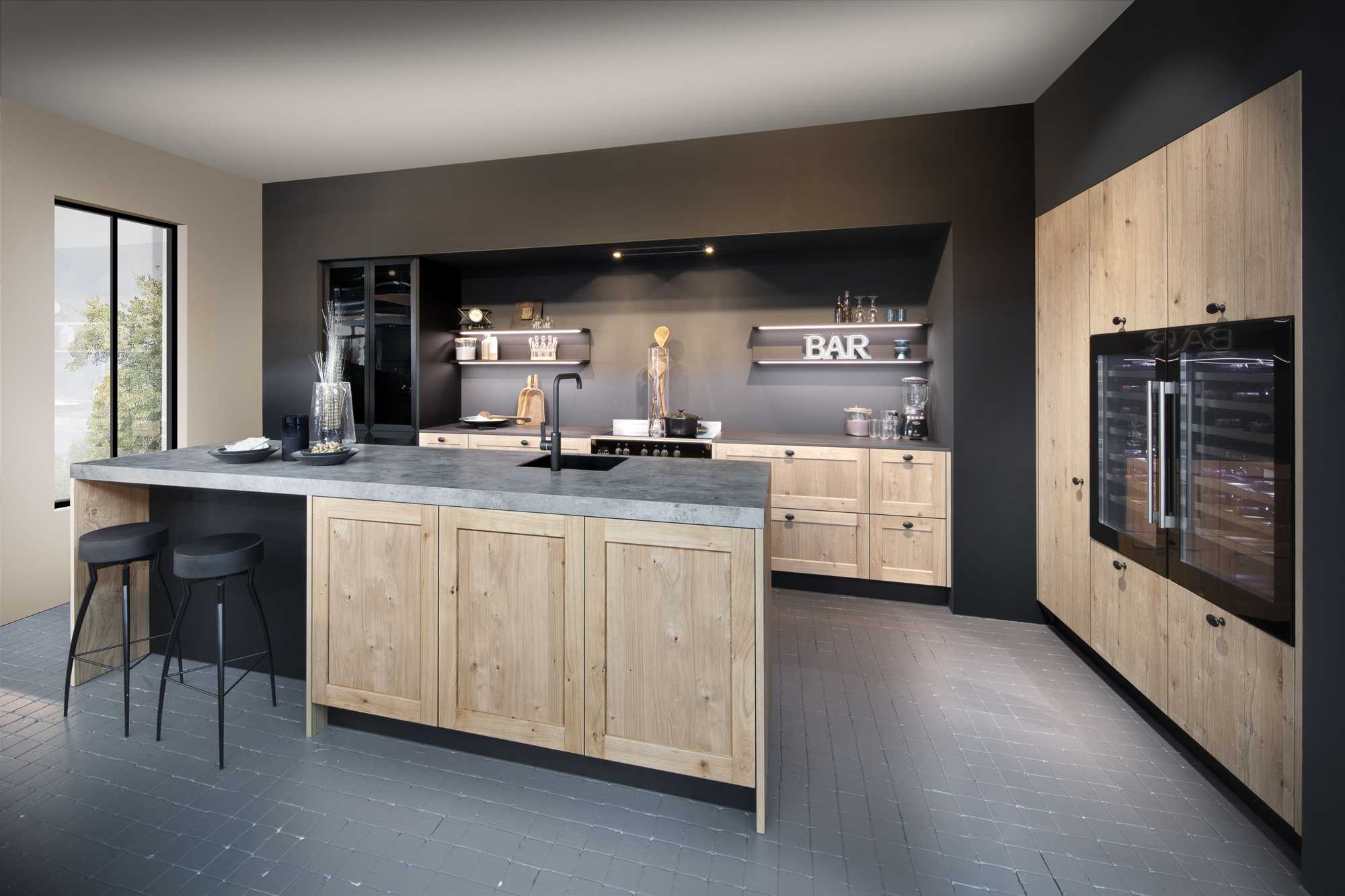 Ergo New Forest Oak FL and Memory New Forest FL Kitchen
