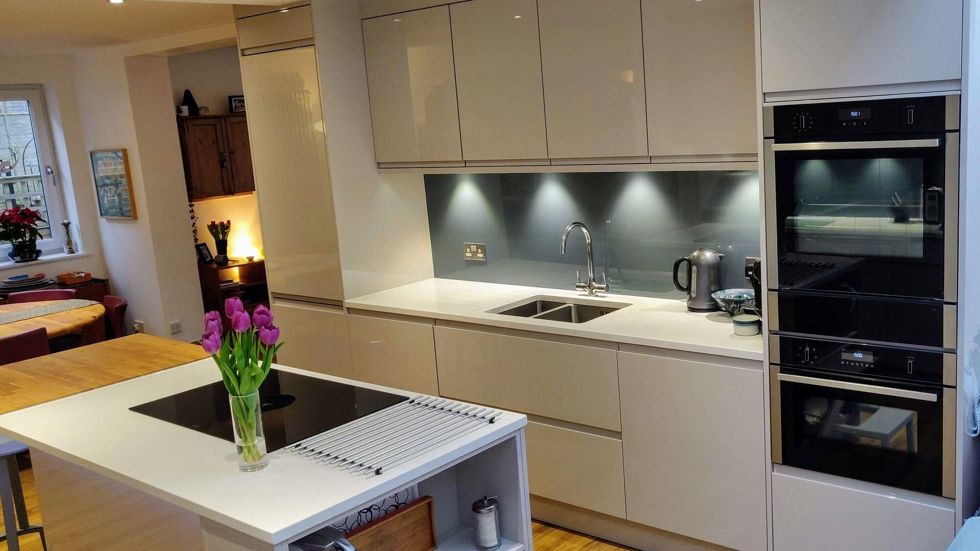 Gloss Cashmere Kitchen Cabinets Petrol Blue Splashback White Quartz