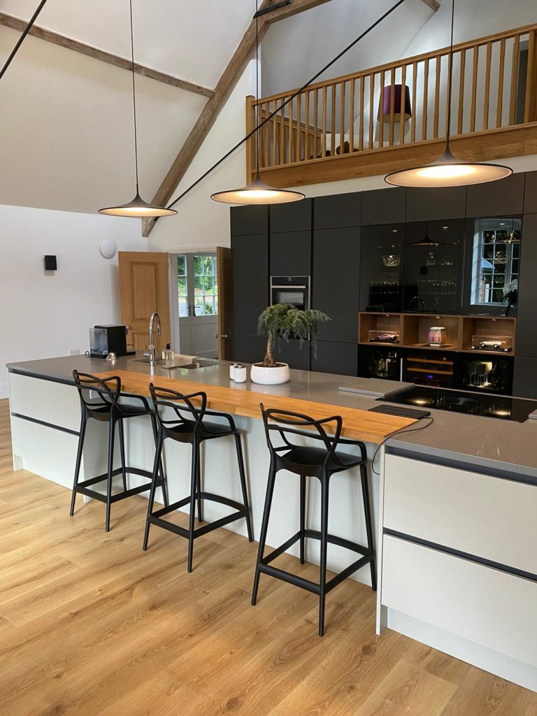 Zola Contemporary Kitchen